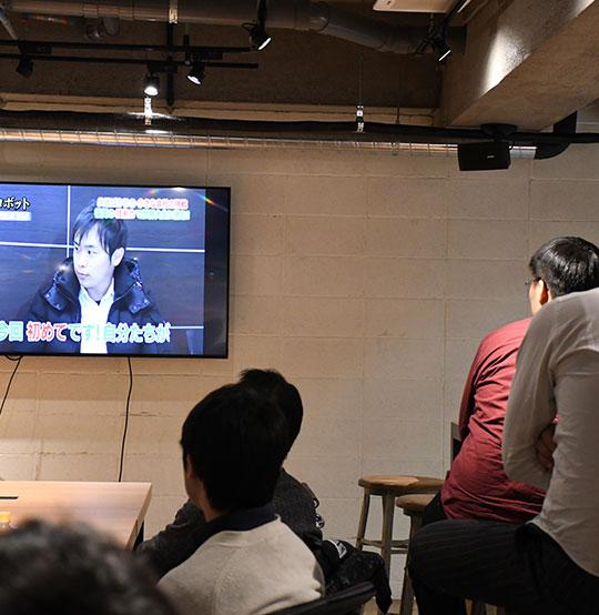 テレビ放送鑑賞会とミーティング、ロボット制作の経過報告を行いました!