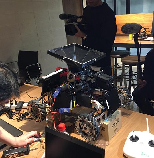 ここからマジで本気出す!の会を開催。各ロボットの制作ピッチ上げます!